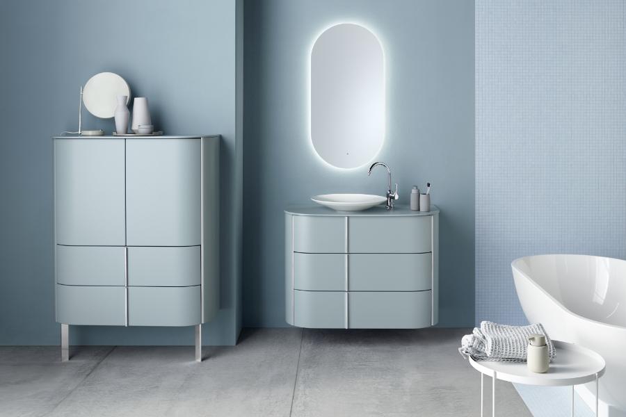 Der Mid Century Style in moderner Form: Lavo 2.0 in Eisblau Matt von burgbad
