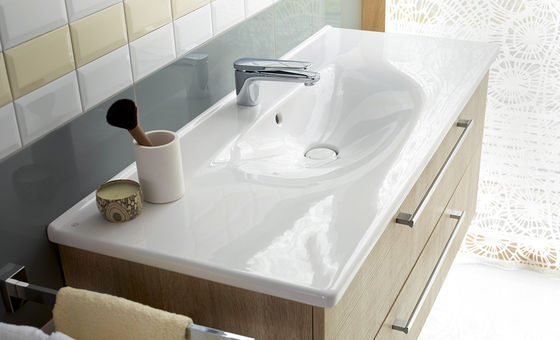 bathroom furniture serie diago burgbad. Black Bedroom Furniture Sets. Home Design Ideas