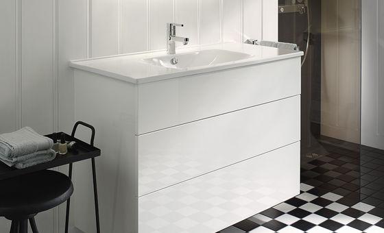 Badm bel serie essento burgbad for Meuble de salle de bain burgbad